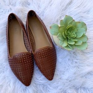 J. Crew Factory Perforated Point Toe Flats Sz 5